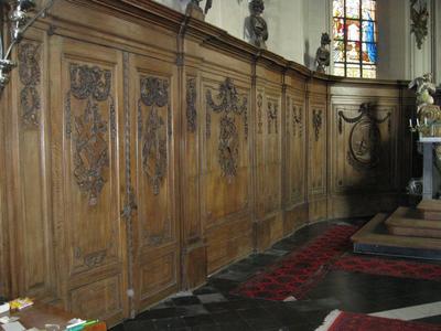 lambrisering in het koor