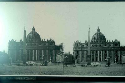 Anoniem, stereokaart met zicht op het Sint-Pietersplein en de Sint-Pietersbasiliek in Vaticaanstad, Rome, s.d., glas.
