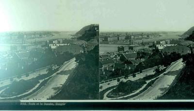Anoniem, stereokaart met zicht op Pesth en de Donau, Hongarije, s.d., glas. 'L. F. 2642. Pesth et le Danube, Hongrie'