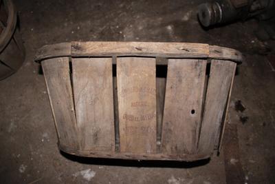 Ovalen kist (tussenformaat) om fruit te verpakken