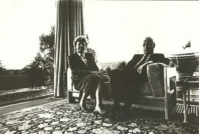 Carlo Valkenborgh (°1957), portret echtpaar Dr. en Mevr. Baert, 1982, papier.