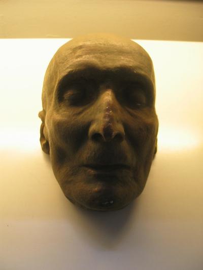 Dodenmasker van Arthur Meulemans door P. Thielemans