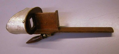 Anoniem, draagbare stereoscoop, legaat van de familie Stellingwerff, s.d., hout, glas, metaal
