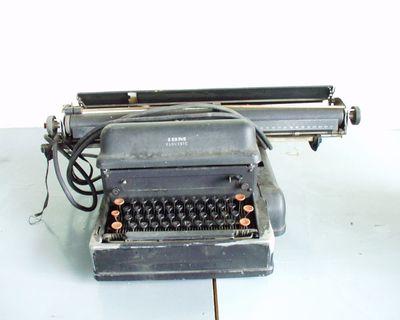 elektro-mechanische schrijfmachine
