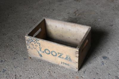 Kistje van Looza voor flesjes fruitsap