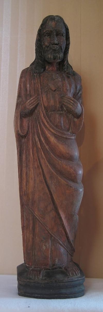 Twee beelden van het Heilig Hart