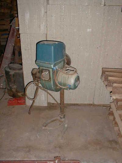 Machine om vuur te maken en de stroopketel te verwarmen