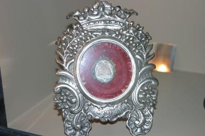Reliekschildje met reliek van Heilige Gertrudis