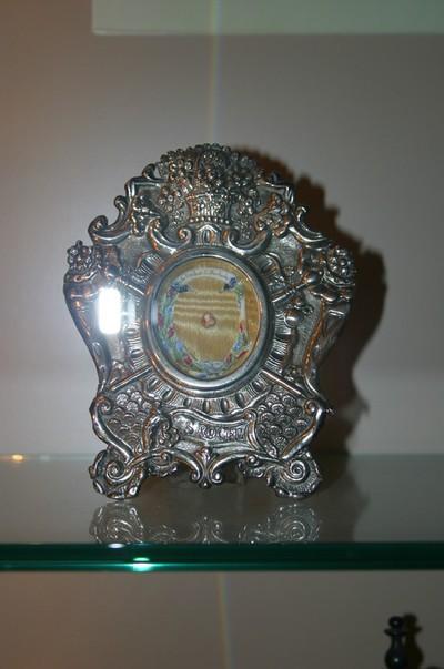 Reliekschildje met reliek van Heilige Rochus van Montpellier