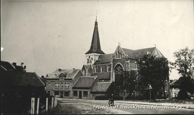 Genck In het dorp aan de kerk