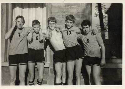 Basketbalclub 'Omnia Leuven' van de Sint-Antoniusschool