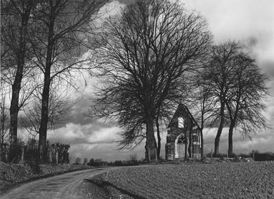 Landschap met Onze-Lieve-Vrouwkapel in Sint-Kwintens-Lennik