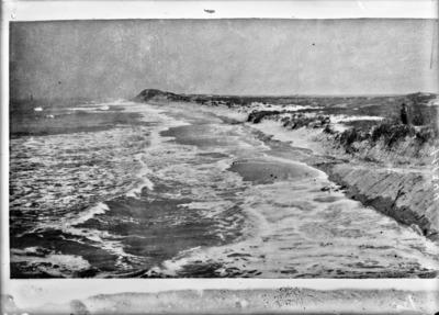 Plage et dunes pendant une très forte marée, à Knocke #2442