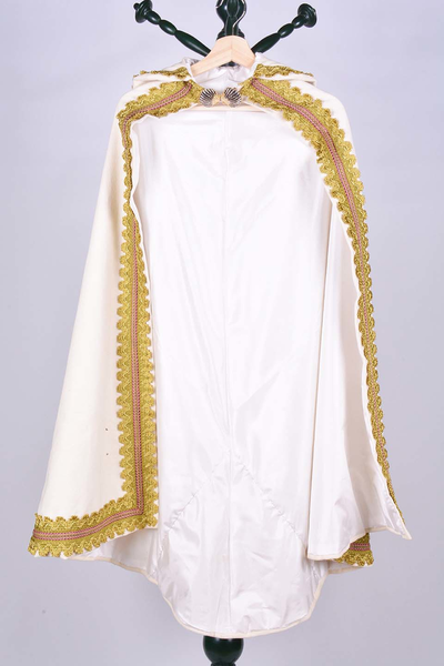 Witte mantel