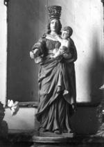 Beeld van Onze-Lieve-Vrouw Maria met kind en wereldbol
