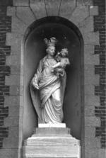 Beeld O.L.Vrouw met kind
