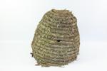 Gevlochten klokvormige bijenkorf.