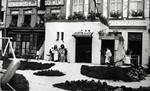 Foto: straatversiering: Huisje van Nazareth, Zuivelmarkt (Virga Jessefeesten, Hasselt, 1947)