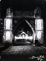 Foto: straatversiering: Windmolenstraat (Virga Jessefeesten, Hasselt, 1947)