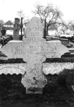 Grafsteen van pastoor Hendrik Van der Aa