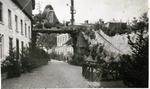 Foto: straatversiering: Hulde aan Onze-Lieve-Vrouw Virga Jesse Sint-Jozefsstraat (Virga Jessefeesten, Hasselt, 1947)