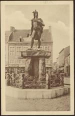 Tongeren - Standbeeld Ambiorix. Tongres - Statue Ambiorix.