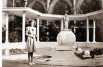 Foto: straatversiering: Onze-Lieve-Vrouw van het Heilig Hart, Fruitmarkt (Virga Jessefeesten, Hasselt, 1947)