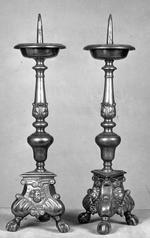 Paar bronzen barokkandelaars
