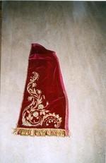 H. Maria, gekleed beeld