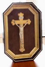 kruisbeeld in kader