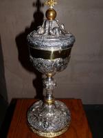 Grote zilveren ciborie