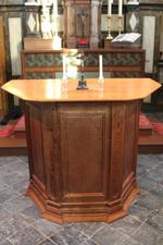 Houten altaartafel (oorspronkelijk preekstoel)