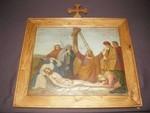13de statie kruisweg: Jezus wordt van het kruis genomen