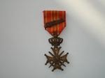 medaille: Oorlogskruis met de bronzen palm