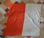 Wit met oranje vlag