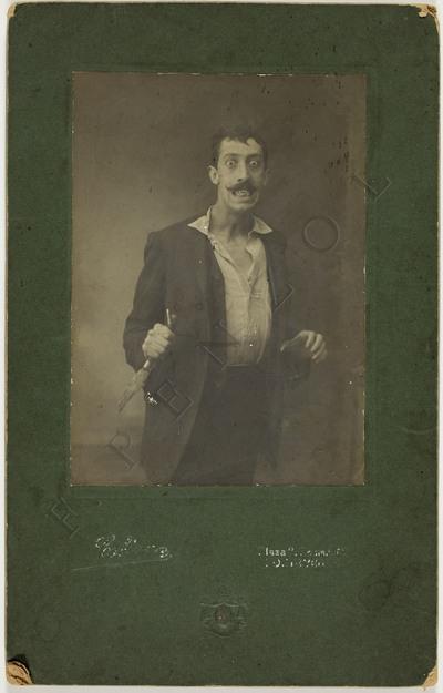 Retrato en plano medio dun actor en Pontevedra