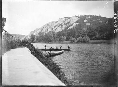 En barque sur la Lesse à Dinant