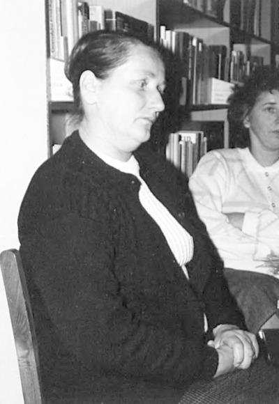 Pożegnanie bibliotekarzy z Kodnia i Łomaz odchodzących na emeryturę w czytelni WiMBP w Białej Podlaskiej Aniela Chorąży