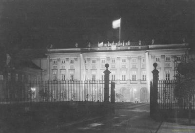 Fasada pałacu Radziwiłłów przy Krakowskim Przedmieściu w Warszawie