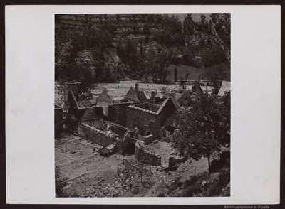 Salinas (Huesca).. Pueblo destruido [Material gráfico]