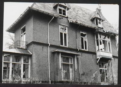 Het pand Driebergseweg 4, genaamd State, is in januari 1974 gesloopt. In 1971 was het al behoorlijk vervallen.