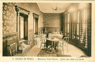 Caldas de Reyes. Balneario Hotel Dávila, Salón con vista a la fuente
