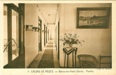 Caldas de Reyes. Balneario Hotel Dávila. Pasillo