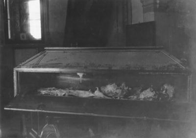 Sepulcro y restos fúnebres de Rodrigo de Narváez, de la Iglesia de San Sebastián