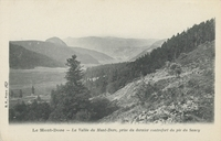Le Mont-Dore.-La Vallée du Mont-Dore, prise du dernier contrefort du pic du Sancy