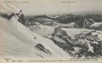 Après l'hiver.-La Voie de Chemin de Fer du Puy de Dôme au Grand Rocher encombrée par les neiges