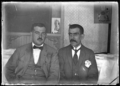 Retrato de dos caballeros sentados