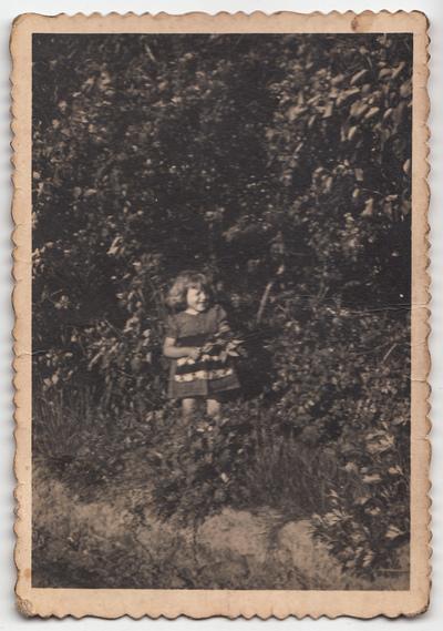 Portret Urszuli Żuchowskiej w plenerze