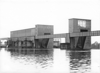 Wehr und Kraftwerk Eddersheim