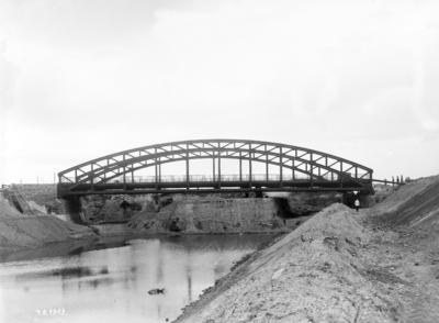Bau des Mittellandkanals, Strecke Minden-West